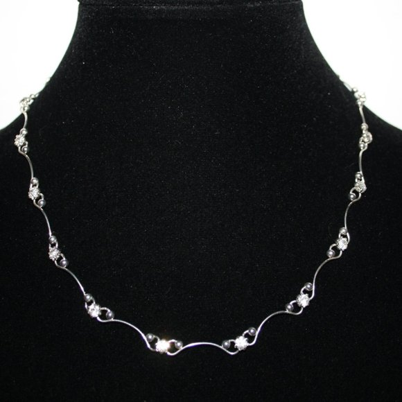 Vintagejelyfish Jewelry - Silver and rhinestone necklace adjustable